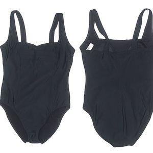 Shape FX Swim One Piece Swim Suit Size 8 HW4273
